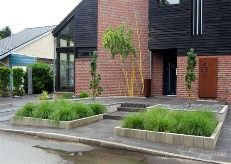 Moderner Garten Mit Gräsern by Barrierefreier Vorgarten Modern Und Pflegeleicht