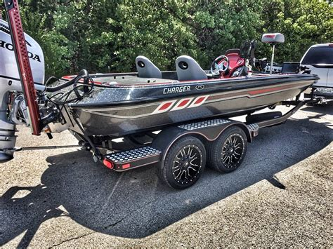 1999 Nitro Bass Boat Windshield by Gallery Charger Boats