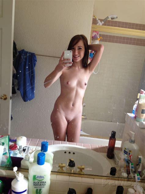 nude 18 self shot amateur