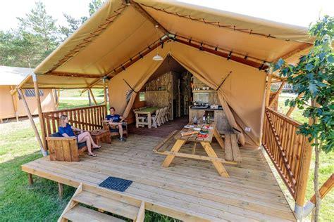 toile de tente 2 chambres tente lodge luxe 54m 2 chambres avec sdb wc terrasse couverte