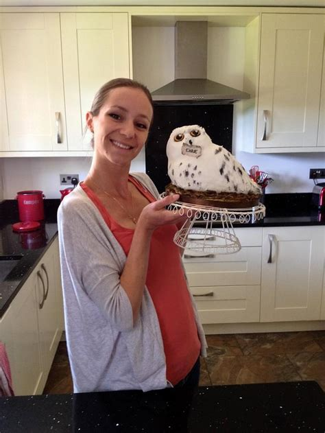 Hedwig The Snowy Owl Cake By The Rosehip Bakery Cakesdecor