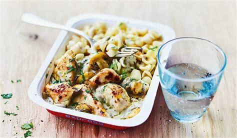 plat cuisiné picard poulet et petites pâtes sauce aux chignons surgelés