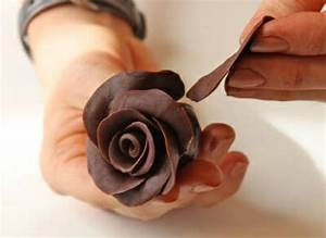 Comment Faire Une Rose En Papier Facilement : 1001 id es comment faire des d cors en chocolat facilement ~ Nature-et-papiers.com Idées de Décoration