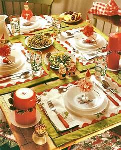 Zetta, U0026, 39, S, Aprons, Fun, Christmas, Table, Setting, And, A, Winner