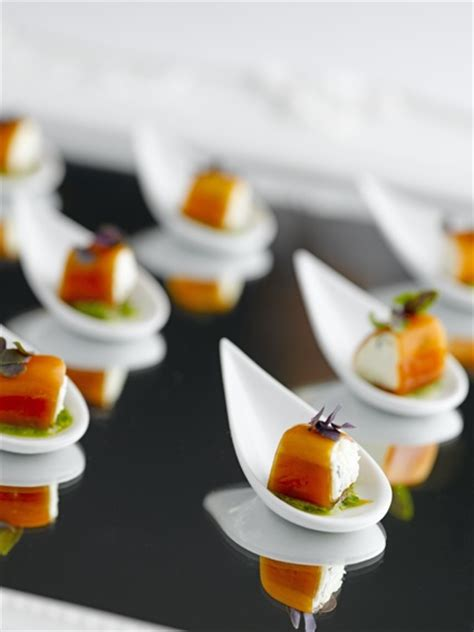 spoon canapes recipes canapés beautiful tear drop spoon food service ideas