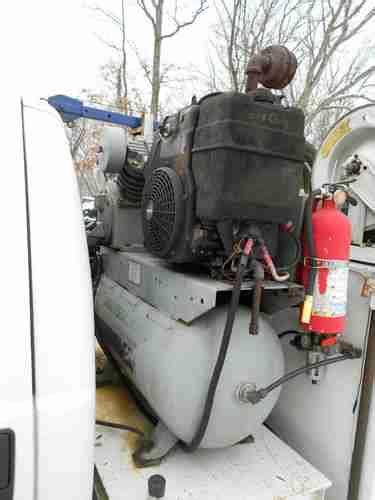 buy   ford   service truck mechanic  crane