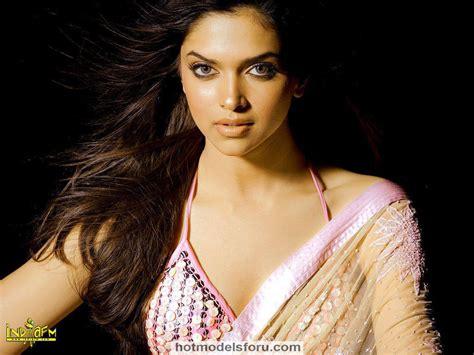 Actress Upcoming Movie Galleries Deepika Padukone Hot