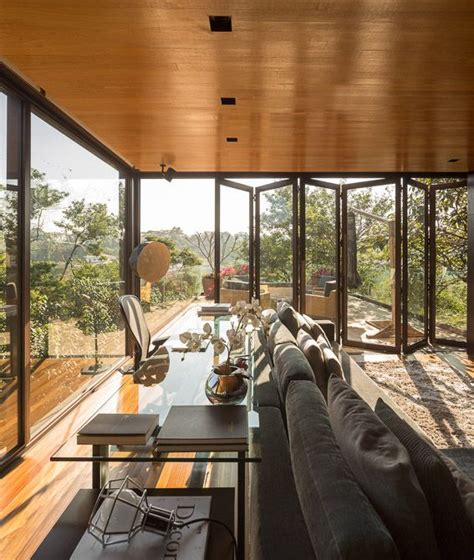Open Plan Limantos Residence by Limantos Residence By Fernanda Marques Architecture