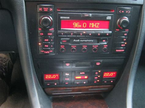 Audi A6 C5 Radio Radioodtwarzacz Cd Symphony  Zdj�cie Na