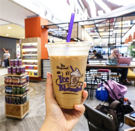 Hazelnut coffee is perfect as your morning cup or as you end your day. Singapore   Day 3   Mua sắm ở Singapore - IMM Outlet Mall ...