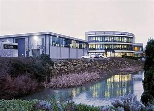 Inside Brackley – Mercedes AMG F1 Headquarters   MBCA