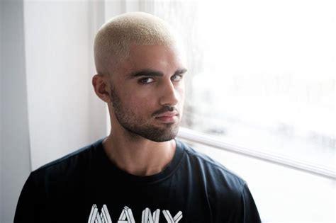 Coupe De Cheveux Homme Couleur Blond