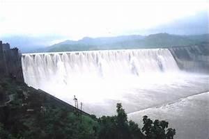 Sardar Sarovar Dam - नमामी देवी नर्मदे ; Narmada river