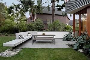 Sitzbank Für Garten : garten terrasse anlegen 30 ideen f r den terrassenboden ~ Articles-book.com Haus und Dekorationen