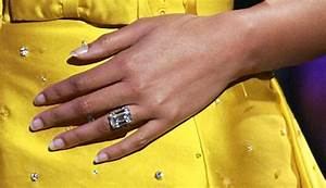 celebrity engagement rings women39s corner With beyonce s wedding ring