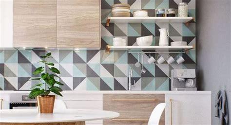 poser du carrelage mural dans sa cuisine une démarche