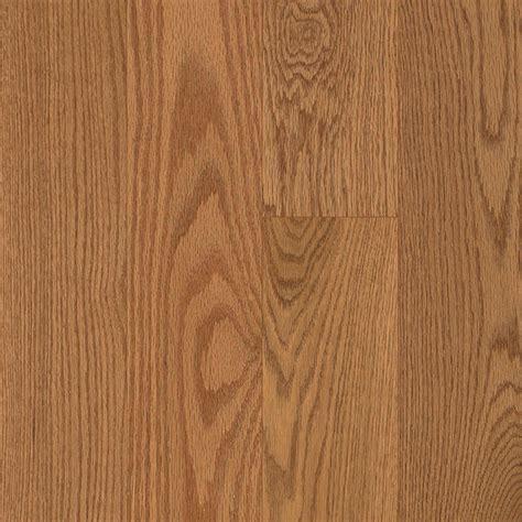 butterscotch oak hardwood flooring shop pergo american era 3 25 in butterscotch oak hardwood flooring 17 6 sq ft at lowes com
