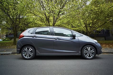 Review Honda Jazz by 2015 Honda Jazz Review Caradvice