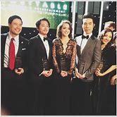 chloe-bennet-family