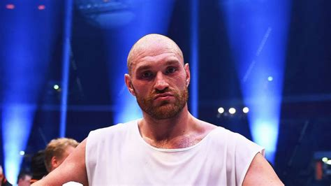 Tyson Fury Net Worth 2020: Age, Height, Weight, Wife, Kids ...