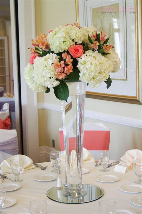 Deercreek Country Club Coral & White Tall Floral