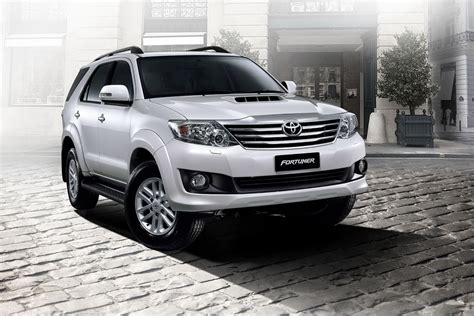 Toyota Fortuner Picture by 2011 Toyota Fortuner Pictures Information And Specs