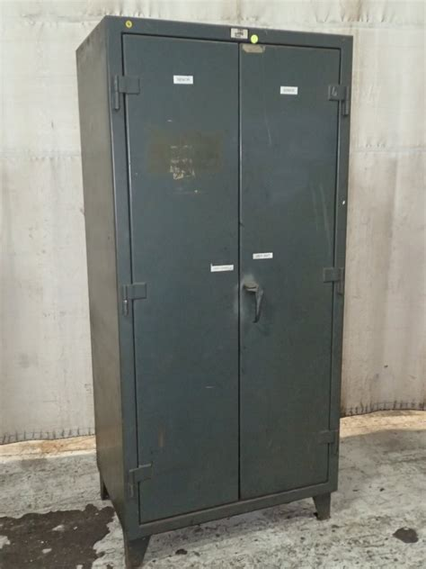 strong hold cabinets strong hold cabinet 288762 for used