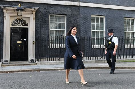 New PM focuses on police pledge following warning over ...