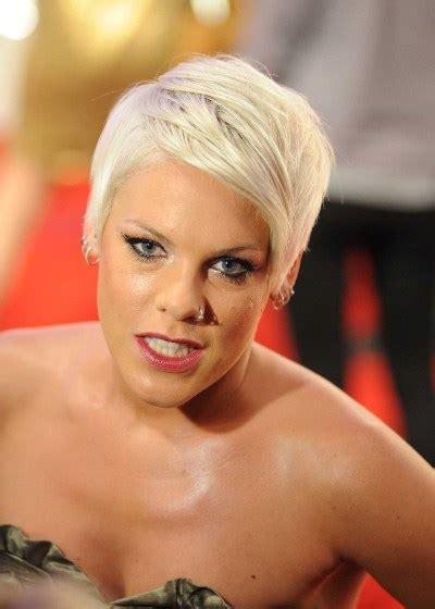 petit site  star platinum blonde hairstyles