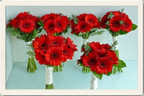 red wedding bouquets red wedding flowers bright