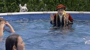 Ad of the day: marco polo struggles with his own pool game ...