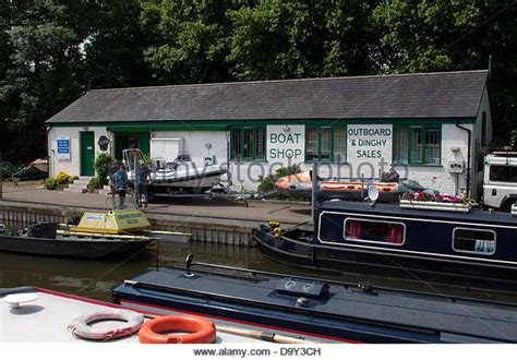 Boat Shop Uk by Boat Shop Stock Photos Boat Shop Stock Images Alamy