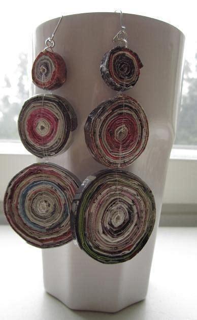 recycled magazine earrings  pair  recycled earrings