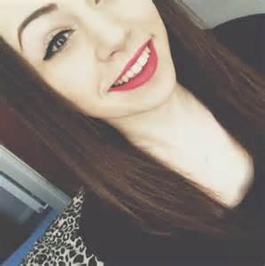 Cute Tumblr Girl Selfie
