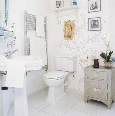 all white bathroom 즐거운 솔리 깨끗하고 독특한 북유럽 스타일로 화장실 에코리폼 욕실 꾸미기 10082