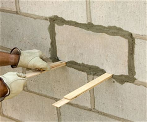 Repairing Brick and Block Walls   Maintaining & Repairing