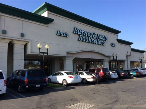 barnes and noble walnut creek barnes noble closing in pleasant hill in january