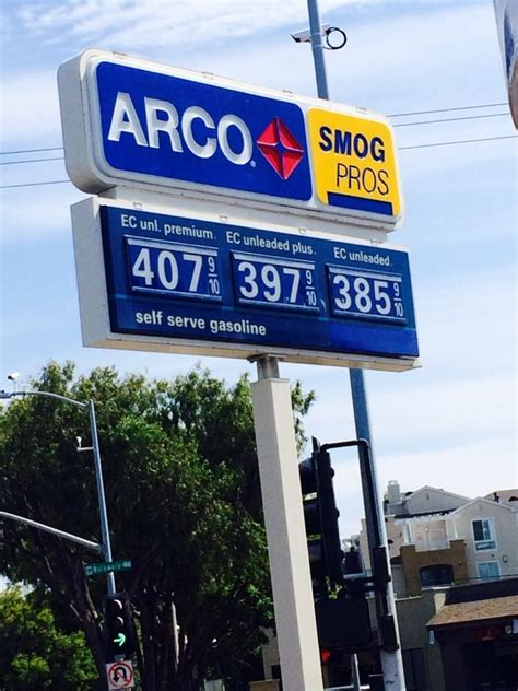 arco  gas service stations   delaware st san