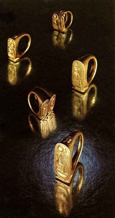 cityzenart king tutankhamuns tomb  treasures