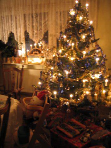 Deutsche Weihnachten by German Tree