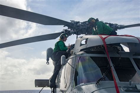 2 x ¼ line inputs switchable between. Naval Aviation Expands Readiness Cell to Include MH-60R/S ...