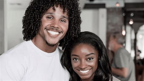 Simone Biles' Boyfriend Rooting For Her During Her ...