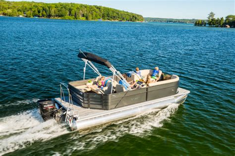 Crest Boats by Crest Pontoon Boats Crest I 220 L Boats For Sale Boats