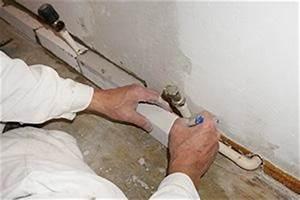 Verkleidung Heizungsrohre Basteln : installateurarbeiten anleitungen tipps und tricks bauen sanieren reparieren ~ Orissabook.com Haus und Dekorationen