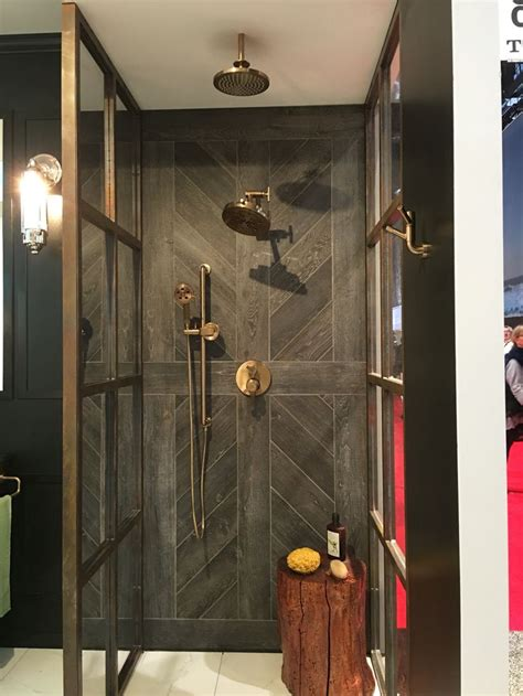 Brizo Articulating Kitchen Faucet by Best 25 Wood Tile Shower Ideas On Pinterest Rustic