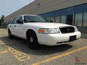 Ford   Crown Victoria P71 Police Interceptor
