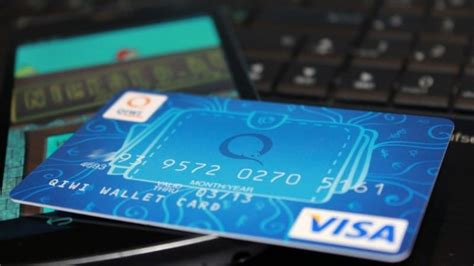 Могут ли за кредиты забрать вещи родственника что делать