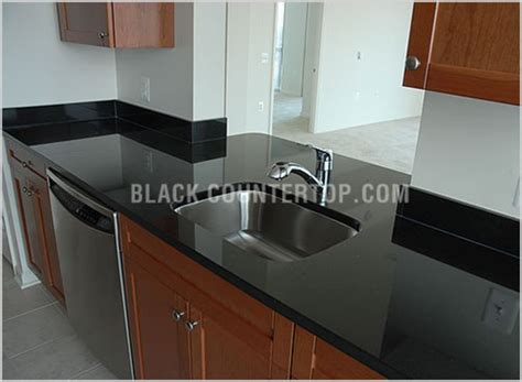 tile backsplash with black cuntertop ideas granite