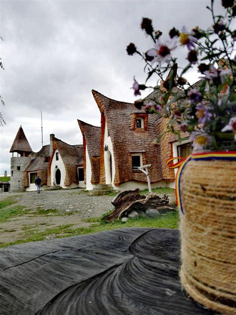 cucortu.ro - Lista campinguri cort sau rulota in Romania.