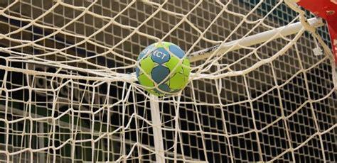 Līderu maiņa Daugavpils telpu futbola čempionātā - Latvijas Futbola federācija